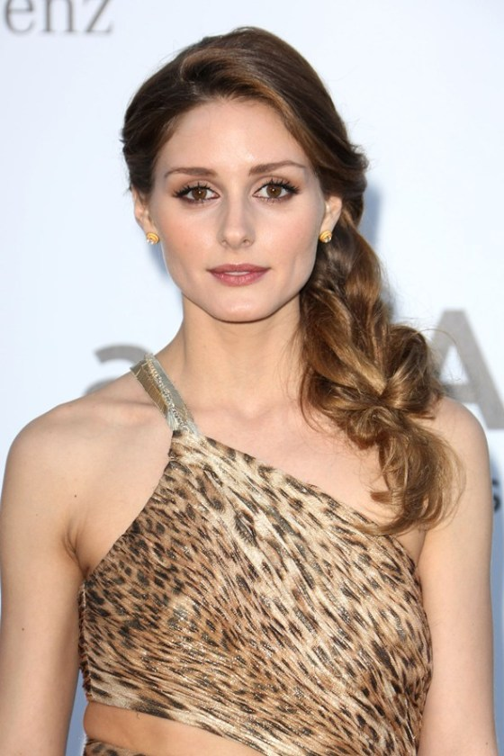 LOVE Olivia Palemo's super volumised side braid!