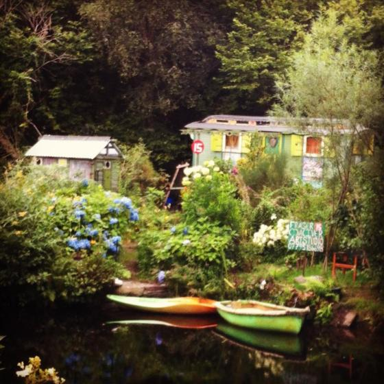 Tiny caravan with no running water of electricity where eccentric artist, Fraser McIver lives. He washes in the canal every day! Brrr...